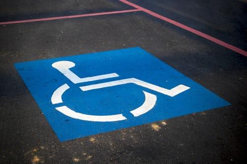 vignette de stationnement pour personnes handicapees